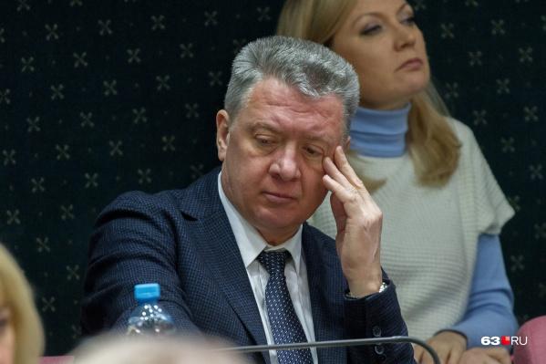 Сейчас Дмитрий Шляхтин совмещает аж три должности: министра, главы совета директоров «КС» и президента ВФЛА