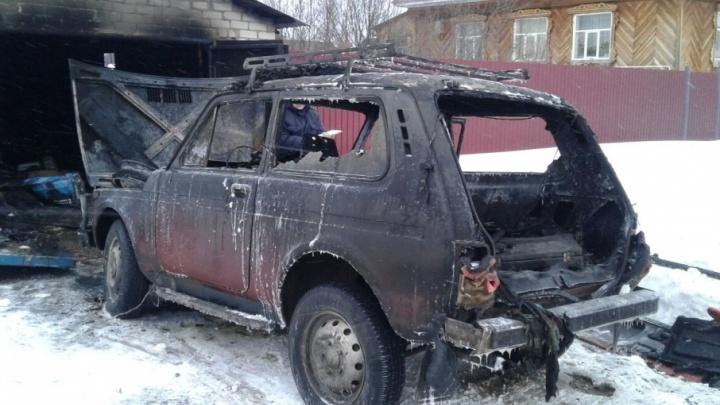 Житель Башкирии заживо сгорел при пожаре в гараже