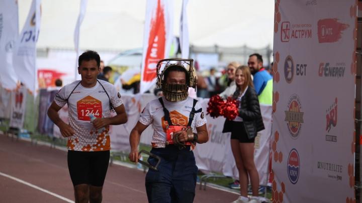 Кукла Билли и Пила пробежали уфимский марафон