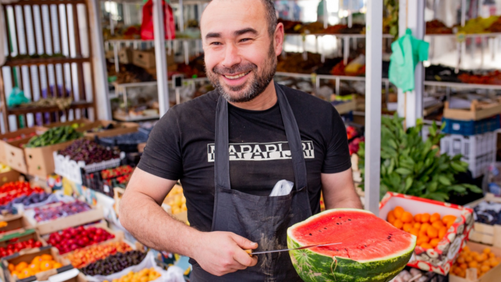 Сладкие «девочки», «мальчики» с гнильцой: где в Ярославле купить вкусный арбуз