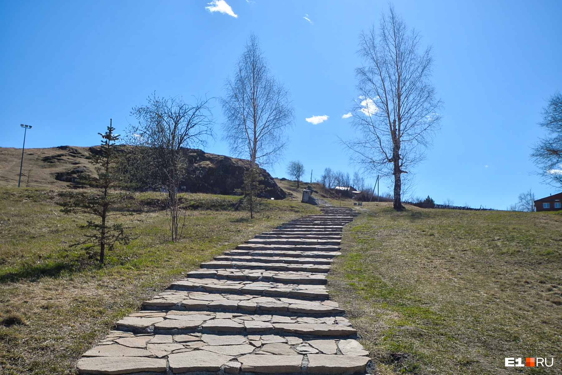 Каменная дорога к вершине