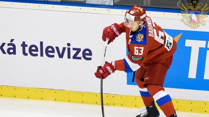 Челябинский хоккеист Евгений Дадонов помог российской сборной разгромить Австрию на чемпионате мира