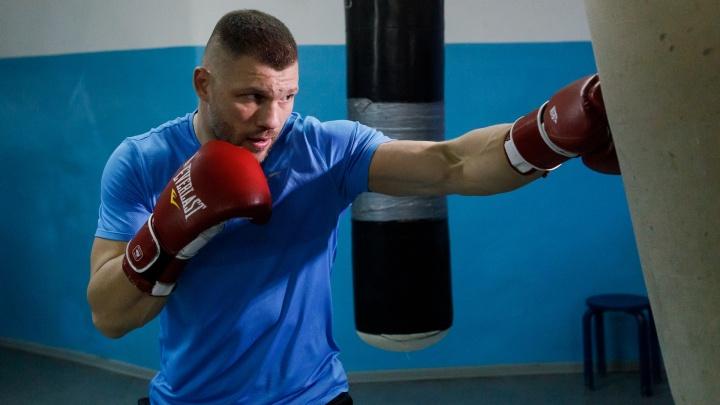 Ударит по Карману: волгоградский боксёр Евгений Романов сразится с сильнейшим тяжеловесом Канады