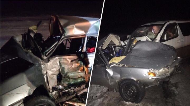 Неделю назад вернулся из армии: двое молодых мужчин погибли в аварии на Ордынской трассе