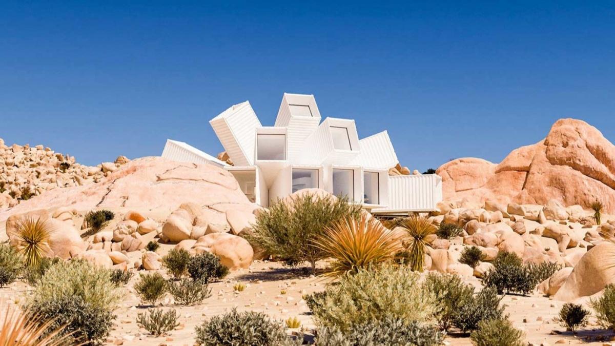 Дом Joshua Tree Residence в калифорнийской пустыне по проекту Джеймса Уитакера
