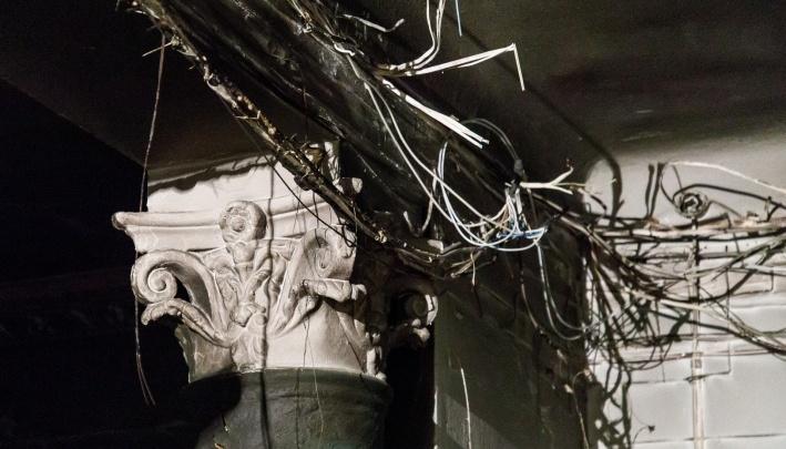 В Волгограде при пожаре пятиэтажки эвакуировали 10 человек
