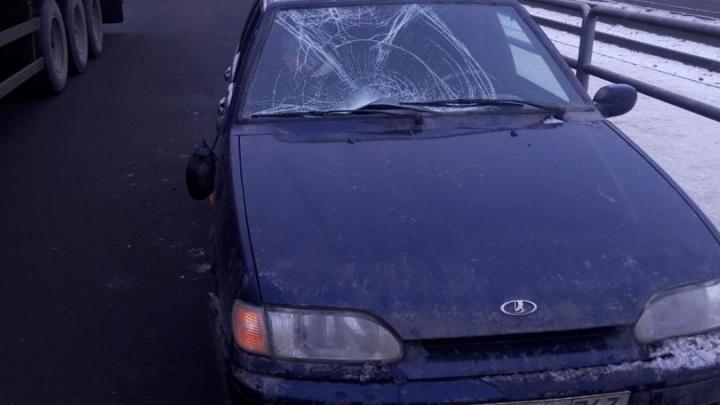 На Заводском шоссе пьяный пешеход устроил бег с препятствиями и попал под авто