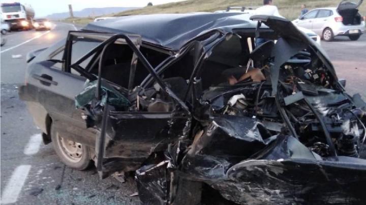 «Гнал по встречной»: под Магнитогорском водитель «Лады» устроил аварию с тремя погибшими