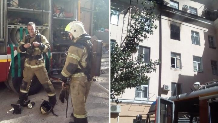 В Ростове из-за пожара эвакуировали жилой дом на Мечникова