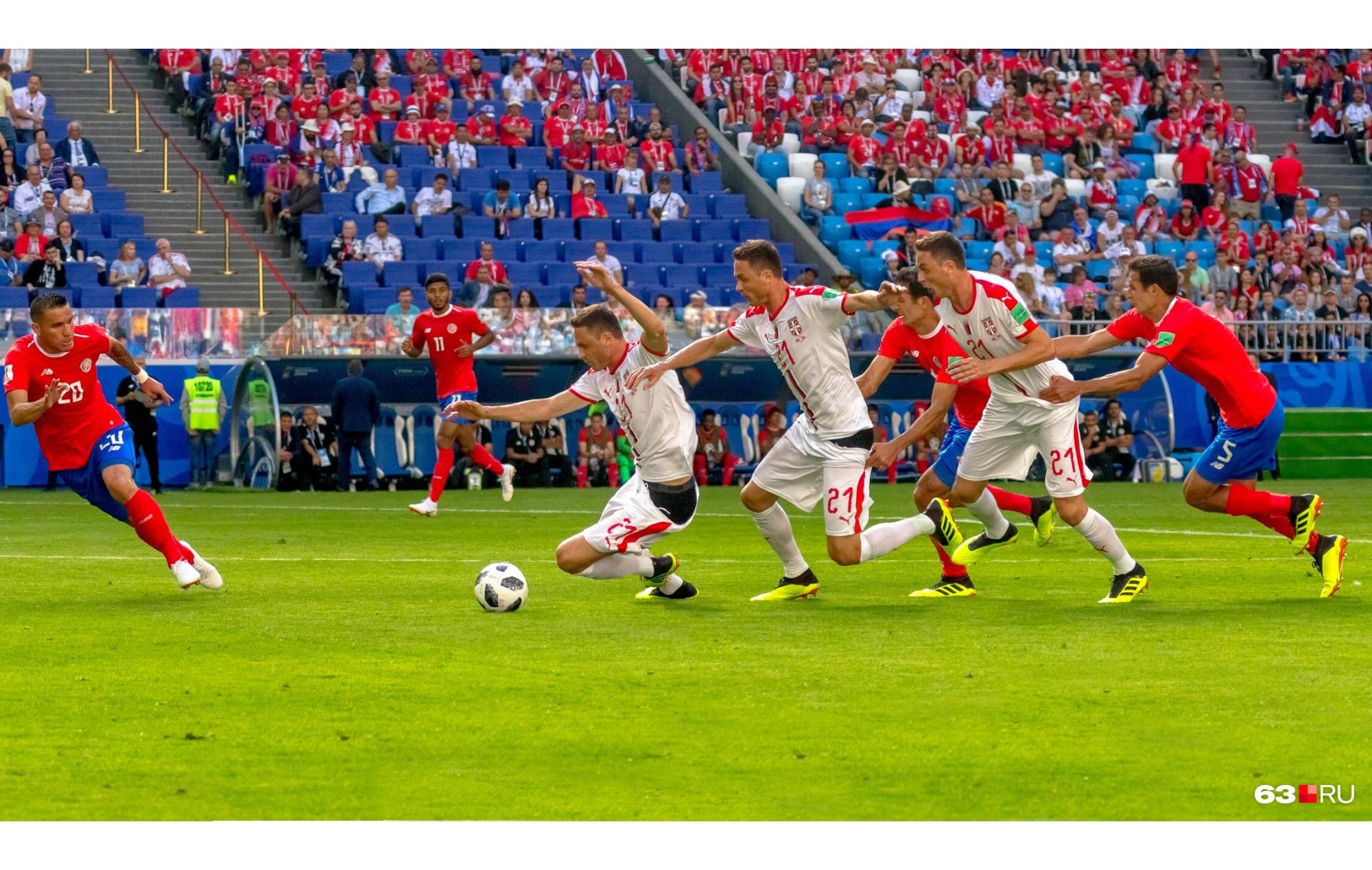 В пылу футбола можно остаться и без штанов