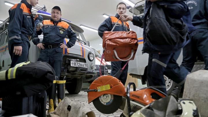 Едва не замерз насмерть: в Уфе 23-летнего парня спасли от холодной смерти