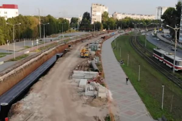 На Ташкентской перекладывают теплосеть протяженностью 2,5 километра