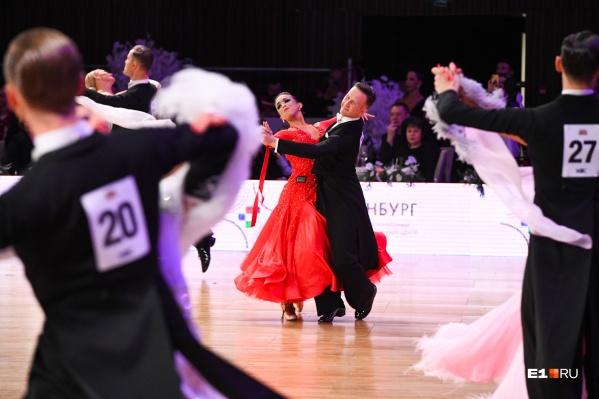 Бальные танцы — это красиво и очень непросто