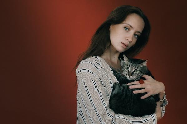 Фотосессия с кошкой Сурикатой