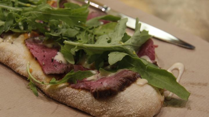 Что такое «римская пицца» и есть ли она в Риме
