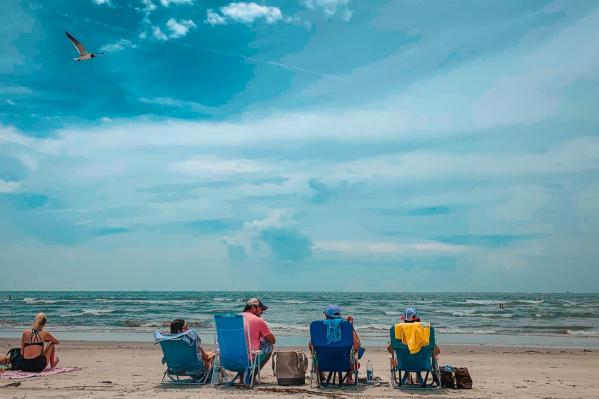 Кусочек лета и моря можно достать в любое время года хоть в России, хоть за её пределами