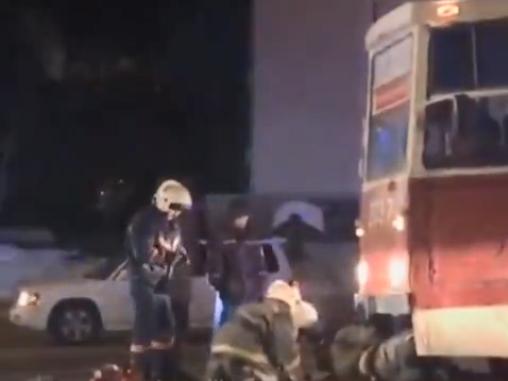 В Заельцовском районе трамвай наехал на пешехода