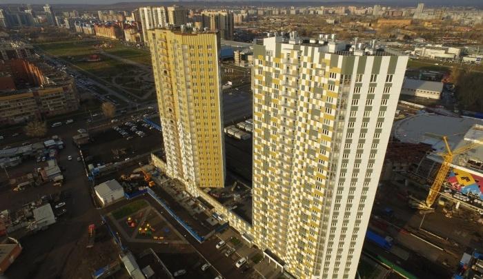 Губернатор Красноярского края на годовую зарплату может купить 112 однокомнатных квартир