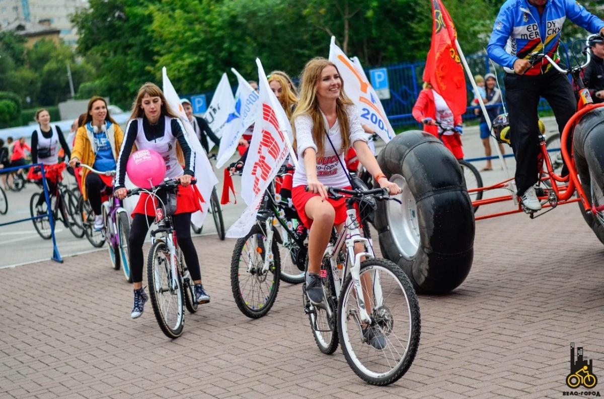 Участники проедут на необычных велосипедах
