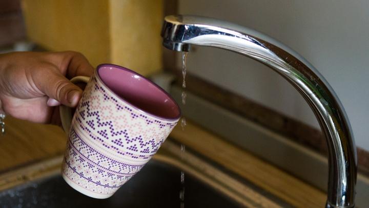 500 домов в Кировском районе остались без горячей воды
