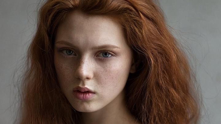 Фотографа из Новосибирска признали лучшим портретистом — он снимает только красоток