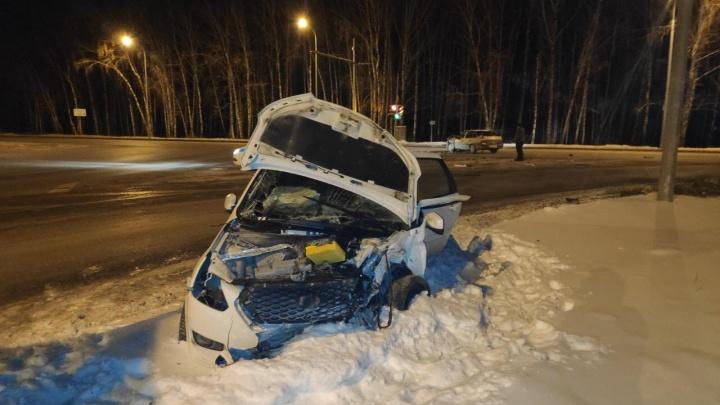 ДТП с пятью пострадавшими на Мельникайте — Дружбы устроил пьяный 20-летний водитель без прав