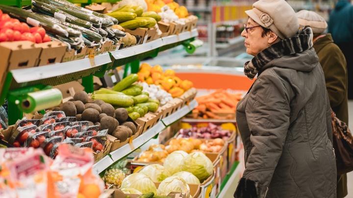 В шаге от свежих продуктов: пермяки все чаще предпочитают закупаться в магазинах «у дома»