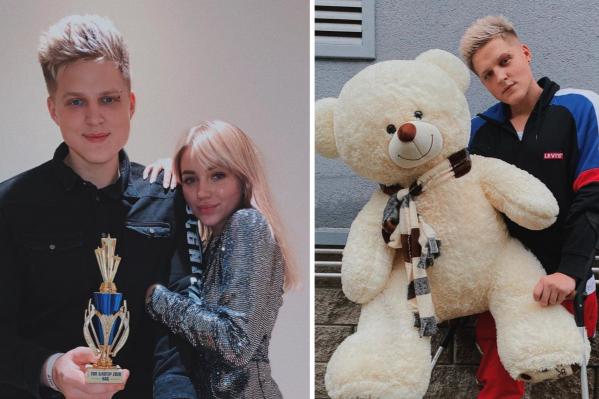 Сергей рассказывает, что во всех начинаниях его особенно поддерживает супруга Ксения. Она тоже популярный блогер<br>
