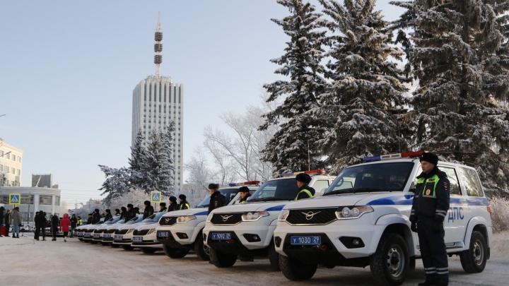 «Для оздоровлении ситуации на дорогах»: смотрим на новые патрульные авто для гаишников Поморья
