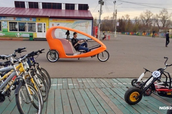 Всего на острове заработало 20 пунктов проката велосипедов и роликовых коньков