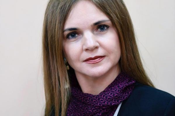 Елена Майер в 2016 году также занимала должность начальника отдела государственного протокола Управления делами правительства Тюменской области<br>
