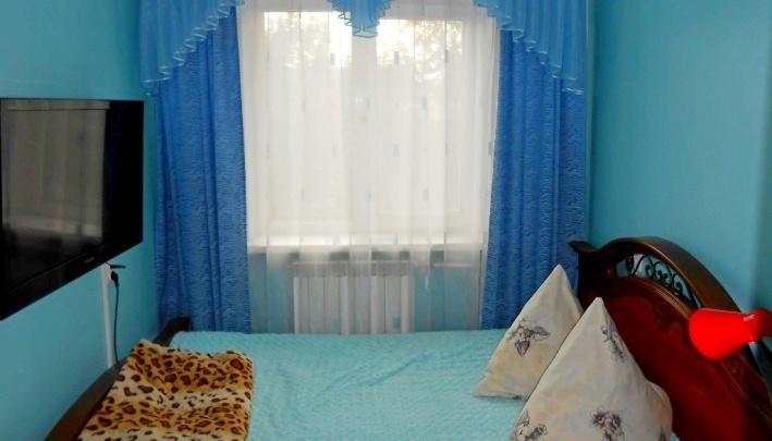 Пенсионерка из Железногорска заказала итальянские шторы, но получила пакеты с песком и ситец