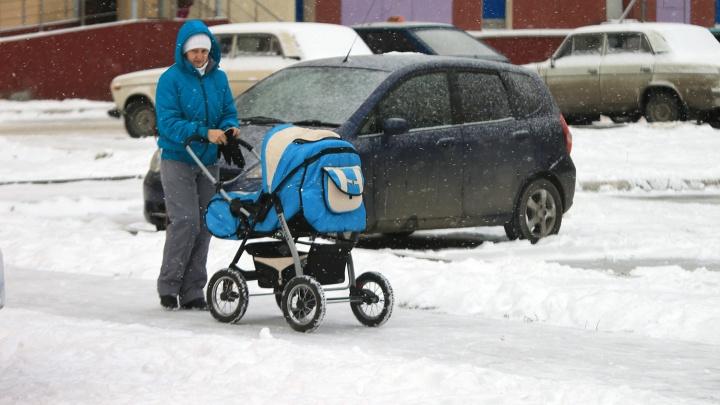 Официально: в каждой третьей новосибирской семье дети растут без отца