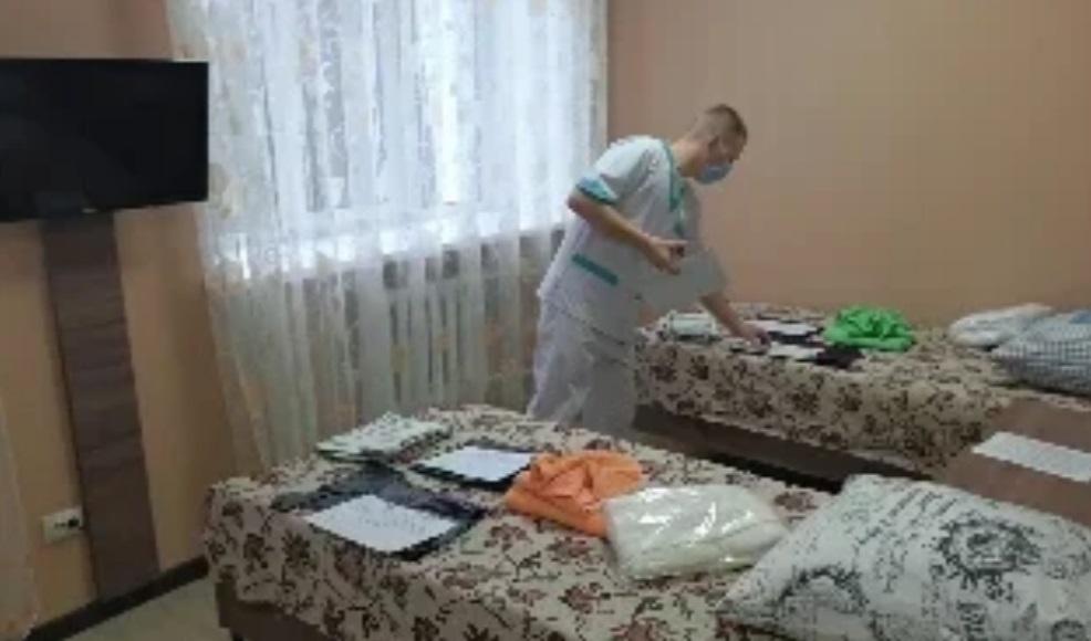 Медики готовятся к приезду россиян, которые будут жить в «Градостроителе» 14 дней