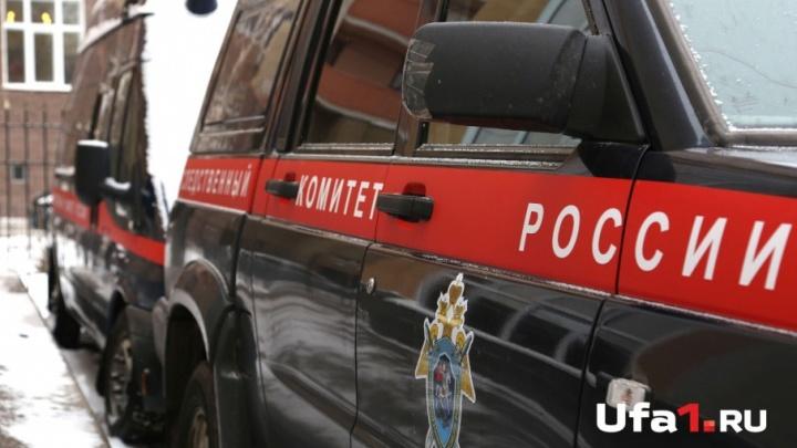 В Уфе в автомобиле нашли труп мужчины