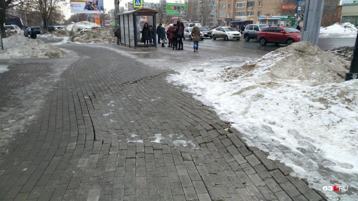 Это провал! На Московском шоссе снова нашли недостатки плитки