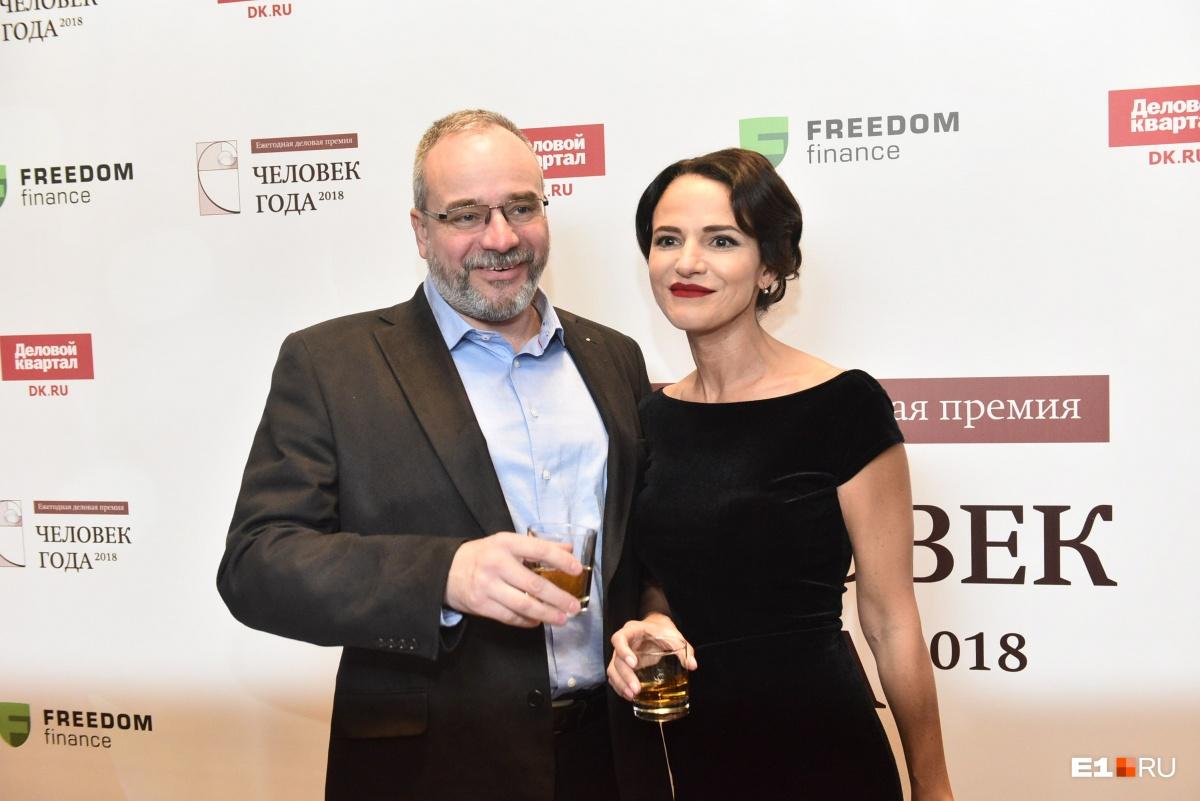 Сергей Малков с очаровательной сестрой Верой Тарасовой