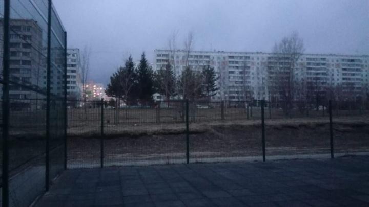 В Калининском районе более 50 домов остались без света