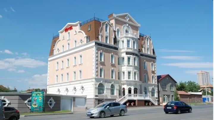 В Волгограде выставлен на продажу Gallery Park Hotel