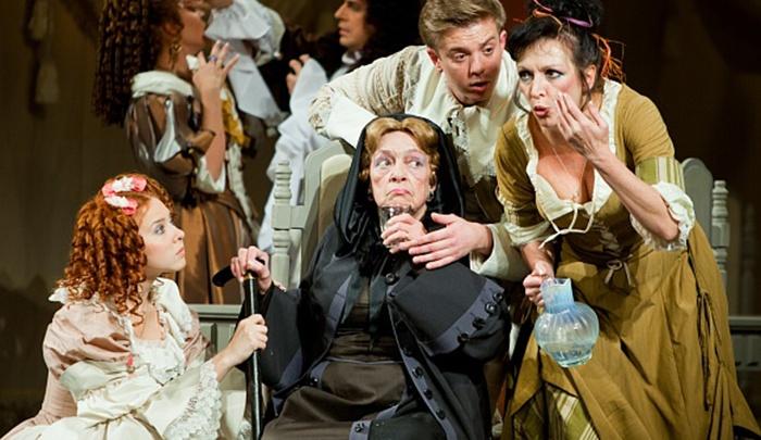 «Это потеря для театра»: когда можно будет проститься с известной актрисой Волковского
