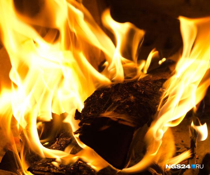 Напожаре вдеревне Балахта погибли три человека