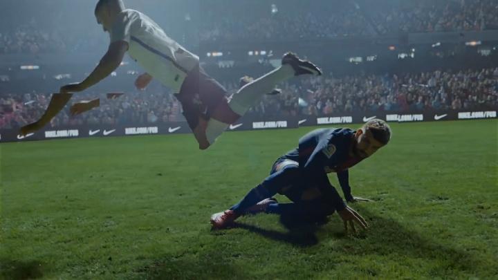 Екатеринбуржец снял рекламный ролик Nike с Роналдиньо, Суаресом и другими футболистами «Барселоны»
