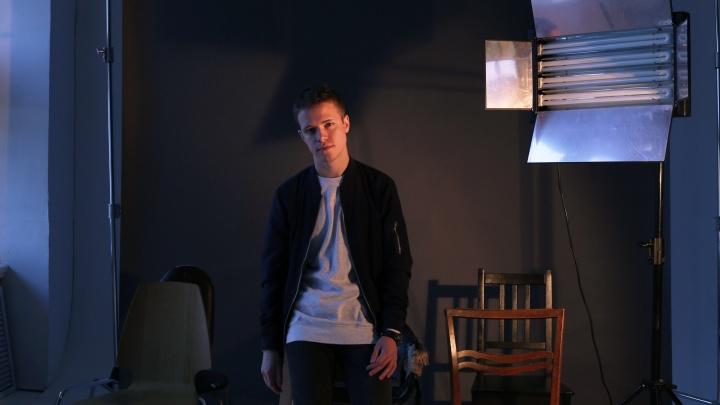 «Все, что есть у меня сейчас, — благодаря Архангельску»: Денис Стельмах — о творчестве и поиске себя