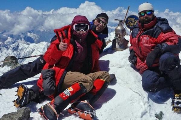 Один из альпинистов Михаил Вещагин дважды в этом году поднялся на пик Ленина