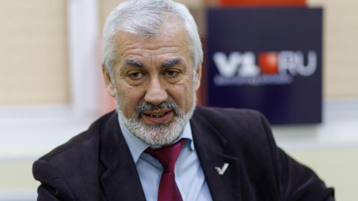 «Мы ждали, что сменится власть — и будет контроль»: Армен Оганесян — о разбитых мечтах волгоградцев