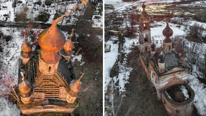 Церковь с падающим крестом под Ярославлем оказалась памятником: кто за неё в ответе