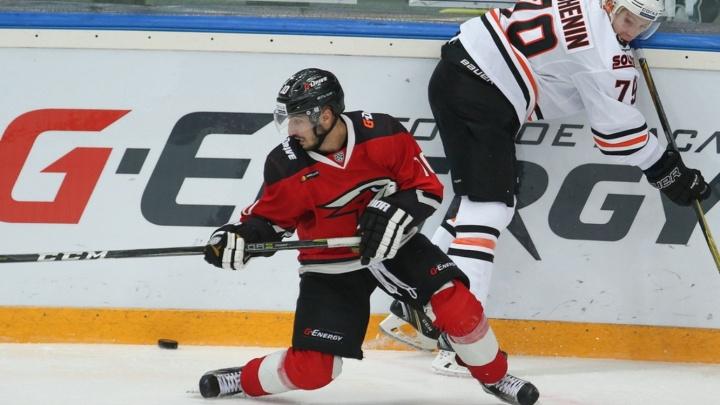 «Парень русский? Нет? Всего доброго»: омский хоккеист рассказал, как снимал квартиру в Балашихе