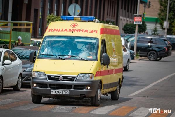 Пострадавшего с тяжелыми травмами увезли в больницу