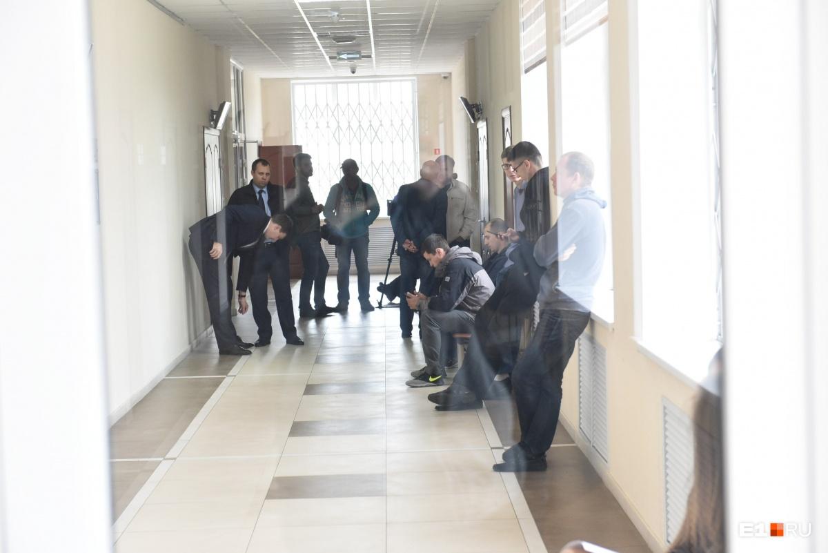 «Моя вина в том, что я не упал?»: как защищался очкарик в суде по делу о драке с мажором на Урале