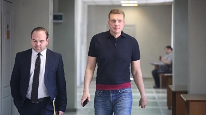В Екатеринбурге депутата гордумы обвинили в покушении на взятку в особо крупном размере